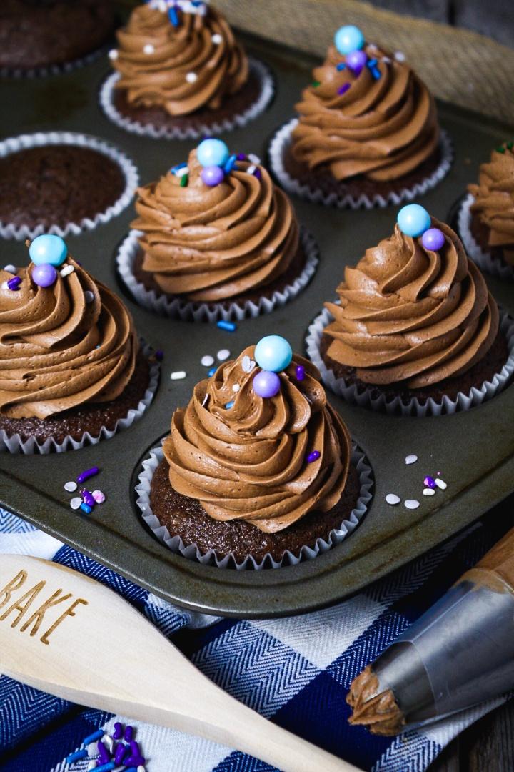 Healthy Chocolate AmarettoCupcakes